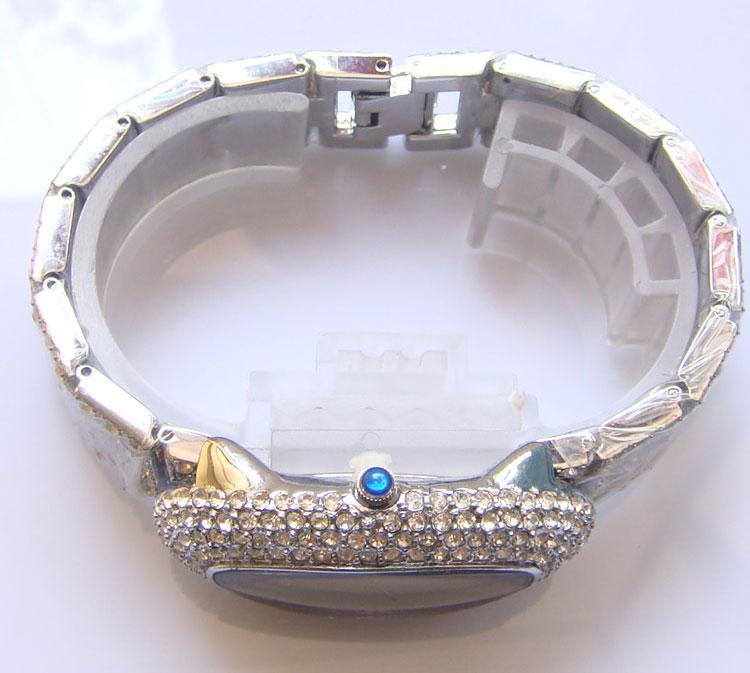 Full Diamond Womens Lady Oval Luxury Quartz Wrist Watch Gold / Silver
