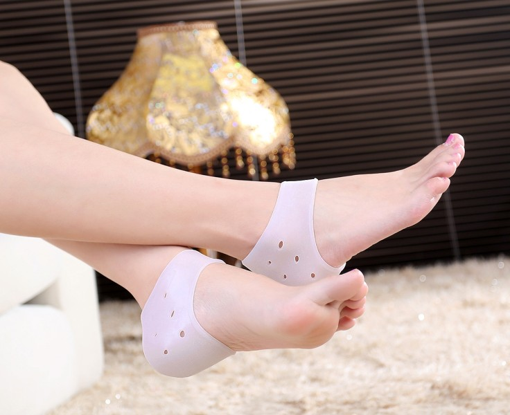Thicken Cozy Foot Care Silicone Heel Pad Relieve Heel Pain Crack prevention Sets