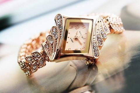 Luxury Rhombus Chain Diamond Gold Bracelet Women's Quartz Wrist Watch